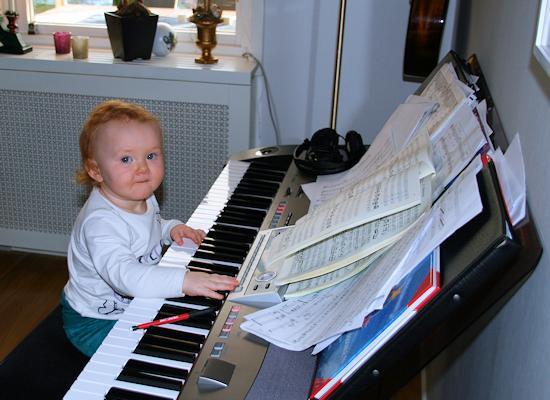 130105_pianobrud