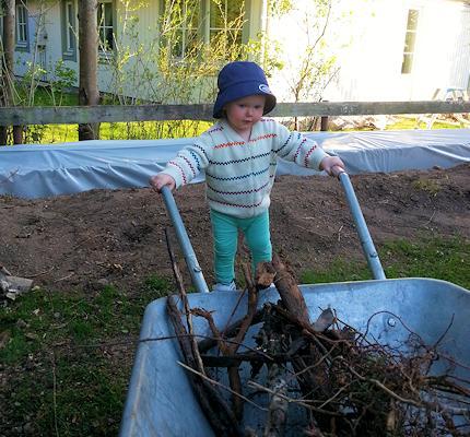 130515_gardening