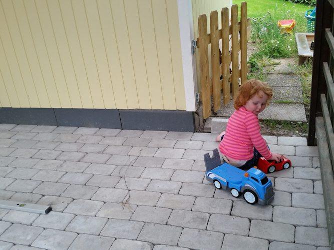 140702_Emelie testar carport